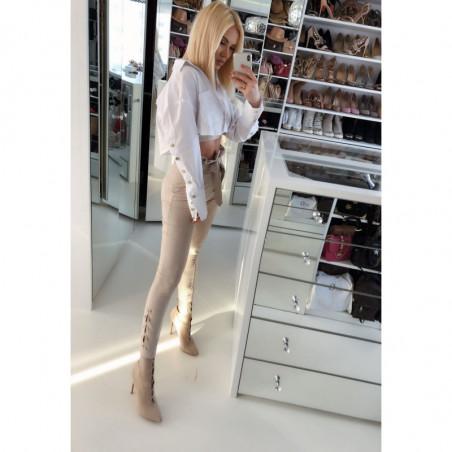 LISA-biała, rozkloszowana sukienka z gipiury