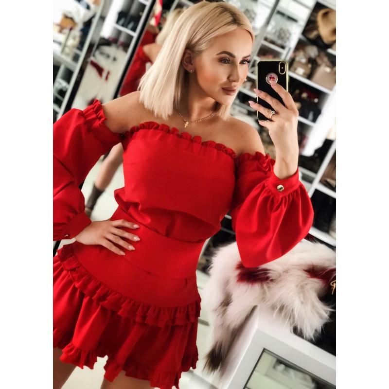 Corrida - czerwona sukienka...