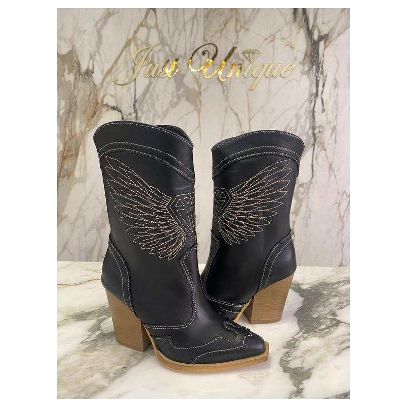 PHOENIX - leather boots...